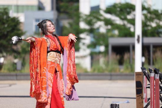 Celebran Festival Asiático-Pacífico en Calder Plaza