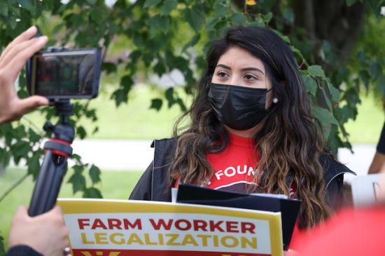 Rechazo de iniciativa para legalizar inmigrantes provoca llamado a protestas
